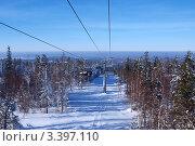 Кресельный подъемник на горнолыжном комплексе Гора Белая, поселок Уралец