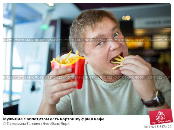 fotki-devushek-bryunetok-golie