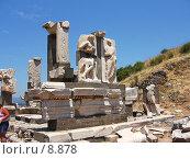 Купить «Памятник Меммию, внуку диктатора Суллы. Эфес, Турция», фото № 8878, снято 9 июля 2006 г. (c) Маргарита Лир / Фотобанк Лори