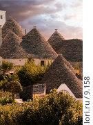 Южная Италия.Трулли в Альберобелло, фото № 9158, снято 8 мая 2005 г. (c) Валерий Ситников / Фотобанк Лори