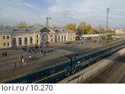 Купить «Железнодорожный вокзал в городе Абакане», фото № 10270, снято 28 сентября 2006 г. (c) Форис Алексей / Фотобанк Лори