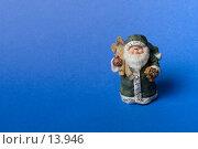Купить «Дед Мороз с лыжами на синем фоне», фото № 13946, снято 1 декабря 2006 г. (c) Лисовская Наталья / Фотобанк Лори