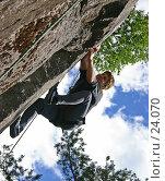 Купить «Скалолаз (редакционное)», фото № 24070, снято 20 июня 2005 г. (c) Vladimir Fedoroff / Фотобанк Лори