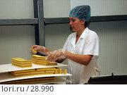 В цехе по производству вафель (2006 год). Редакционное фото, фотограф 1Andrey Милкин / Фотобанк Лори