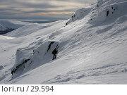 Купить «Альпинист поднимается по склону, Север России», фото № 29594, снято 25 марта 2007 г. (c) Vladimir Fedoroff / Фотобанк Лори