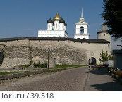 Купить «Псков, кремль, крепостная стена», фото № 39518, снято 14 сентября 2006 г. (c) A Челмодеев / Фотобанк Лори