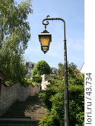 Купить «Лестница и фонарь», эксклюзивное фото № 43734, снято 6 мая 2007 г. (c) Юлия Кузнецова / Фотобанк Лори