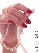 Купить «Дотрагиваясь до свадебной вуали», фото № 48646, снято 10 мая 2007 г. (c) Vdovina Elena / Фотобанк Лори