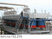 Нефтеперерабатывающий завод (2007 год). Редакционное фото, фотограф Евгений Батраков / Фотобанк Лори
