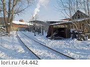 Рельсы, идущие от ворот (2007 год). Стоковое фото, фотограф Алексей Котлов / Фотобанк Лори
