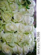 Композиция из  бело-зеленоватых роз. Стоковое фото, фотограф Ирина Мойсеева / Фотобанк Лори