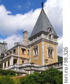 Купить «Массандровский дворец Александра III, Крым», фото № 98326, снято 16 сентября 2007 г. (c) Елена Руденко / Фотобанк Лори
