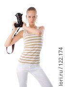 Купить «Женщина с фотокамерой», фото № 122174, снято 1 апреля 2007 г. (c) Валентин Мосичев / Фотобанк Лори
