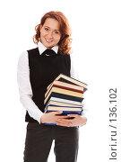 Купить «Девушка с книгами», фото № 136102, снято 23 декабря 2006 г. (c) Анатолий Типляшин / Фотобанк Лори