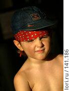 Купить «Ребенок в кепке», фото № 141186, снято 3 апреля 2006 г. (c) Морозова Татьяна / Фотобанк Лори