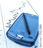 Купить «Карманный компьютер лежит на отчете», фото № 152066, снято 13 декабря 2007 г. (c) Ирина Иглина / Фотобанк Лори