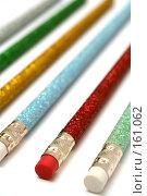 Купить «Набор карандашей с разноцветным блестящим покрытием и ластиком», фото № 161062, снято 30 сентября 2006 г. (c) Александр Паррус / Фотобанк Лори