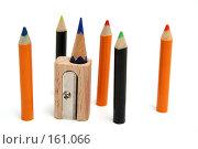 Купить «Цветные мини-карандаши вокруг точилки с остатком карандаша», фото № 161066, снято 10 октября 2006 г. (c) Александр Паррус / Фотобанк Лори