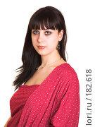 Купить «Брюнетка в красном наряде на белом фоне», фото № 182618, снято 9 января 2007 г. (c) Коваль Василий / Фотобанк Лори