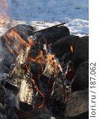 Купить «Зимний костер», фото № 187062, снято 3 января 2008 г. (c) Антон Самбуров / Фотобанк Лори