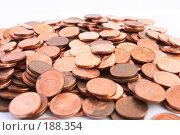 Купить «Груда золотых монет, изолированных на белом», фото № 188354, снято 10 ноября 2007 г. (c) Dzianis Miraniuk / Фотобанк Лори
