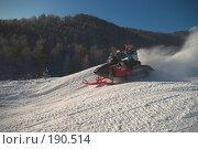 Купить «Гонка на снегоходах», фото № 190514, снято 26 мая 2018 г. (c) Талдыкин Юрий / Фотобанк Лори