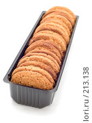 Купить «Овсяное печенье в упаковке», фото № 213138, снято 2 марта 2008 г. (c) Угоренков Александр / Фотобанк Лори