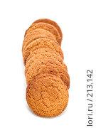 Купить «Овсяное печенье на белом фоне», фото № 213142, снято 2 марта 2008 г. (c) Угоренков Александр / Фотобанк Лори