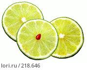 Купить «Дольки лимона», фото № 218646, снято 22 мая 2018 г. (c) ElenArt / Фотобанк Лори