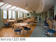 "Купить «Кафе при ресторане ""Зарубежье""», фото № 221606, снято 9 июня 2006 г. (c) Владимир Воякин / Фотобанк Лори"