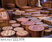 Купить «Великий Новгород. Сувенирный лоток.», фото № 222974, снято 6 января 2008 г. (c) Роман Коротаев / Фотобанк Лори