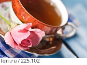 Купить «Романтический натюрморт», фото № 225102, снято 3 августа 2005 г. (c) Кравецкий Геннадий / Фотобанк Лори