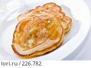 Купить «Оладьи с медом», фото № 226782, снято 4 сентября 2005 г. (c) Кравецкий Геннадий / Фотобанк Лори
