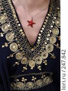 Купить «Платье из Туниса», фото № 247842, снято 8 апреля 2008 г. (c) Михаил Мандрыгин / Фотобанк Лори