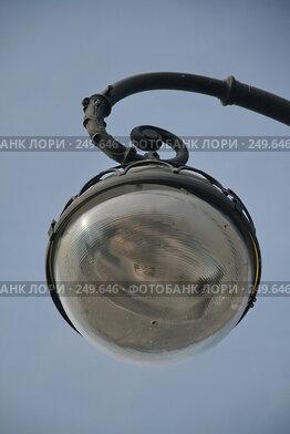 Купить «Санкт-Петербург. Фонарь на Адмиралтейской набережной», фото № 249646, снято 5 апреля 2008 г. (c) Александр Секретарев / Фотобанк Лори