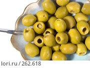 Купить «Оливки без косточек на блюдце. Крупный план», фото № 262618, снято 20 апреля 2008 г. (c) Татьяна Белова / Фотобанк Лори