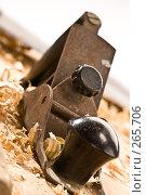 Купить «Старый рубанок», фото № 265706, снято 10 октября 2005 г. (c) Кравецкий Геннадий / Фотобанк Лори