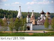 Свято-Успенский мужской монастырь, г. Старица (2008 год). Стоковое фото, фотограф Светлана Симонова / Фотобанк Лори