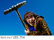 Купить «Женщина с граблями», фото № 285754, снято 3 мая 2008 г. (c) Константин Тавров / Фотобанк Лори