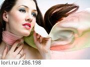 Купить «Развевающийся шарф», фото № 286198, снято 25 февраля 2008 г. (c) Константин Юганов / Фотобанк Лори