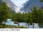 Купить «Горная река от  ледника Брикстайл. Норвегия», эксклюзивное фото № 290554, снято 2 августа 2006 г. (c) Александр Алексеев / Фотобанк Лори