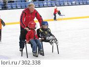 Купить «Тренировка юных хоккеистов», эксклюзивное фото № 302338, снято 10 мая 2008 г. (c) Дмитрий Неумоин / Фотобанк Лори