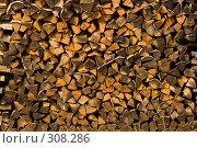 Купить «Русская поленница. Фоновое изображение», фото № 308286, снято 18 апреля 2008 г. (c) Harry / Фотобанк Лори