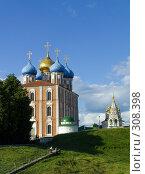 Купить «Рязанский кремль. Успенский собор.», фото № 308398, снято 30 мая 2008 г. (c) УНА / Фотобанк Лори