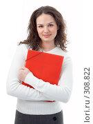 Купить «Девушка с красной папкой», фото № 308822, снято 17 февраля 2008 г. (c) Анатолий Типляшин / Фотобанк Лори