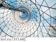 Купить «Шуховская башня (Москва, Шаболовка) изнутри», фото № 311642, снято 21 июля 2019 г. (c) Дмитрий Яковлев / Фотобанк Лори