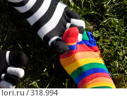Купить «Носки на фоне травы», фото № 318994, снято 8 июня 2008 г. (c) Суханова Елена (Елена Счастливая) / Фотобанк Лори