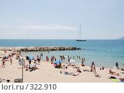 Купить «Пляж. Канны. Франция», фото № 322910, снято 13 июня 2008 г. (c) Екатерина Овсянникова / Фотобанк Лори