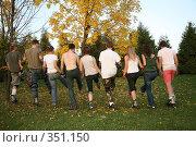 Купить «Ряд роллеров со спины 3. Row of rollers from back 3», фото № 351150, снято 30 сентября 2007 г. (c) Losevsky Pavel / Фотобанк Лори