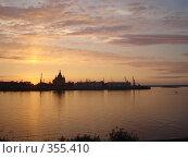 Купить «Золотой закат», фото № 355410, снято 8 июля 2007 г. (c) Александра Стрижева / Фотобанк Лори